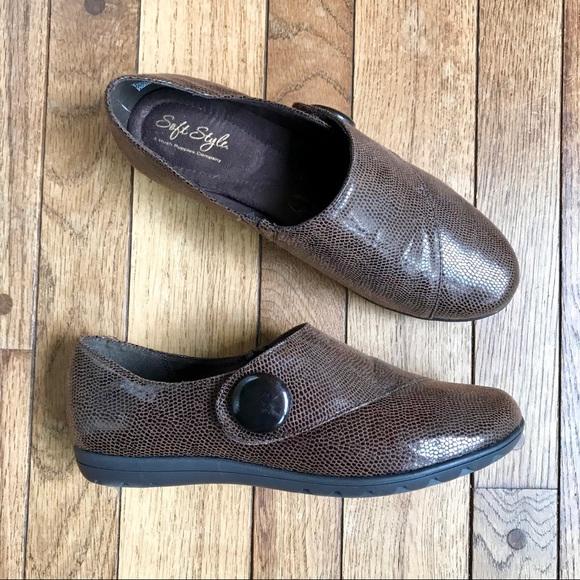 e0fd33845e4 Hush Puppies Soft Style Crocodile Wide Shoes.  H13